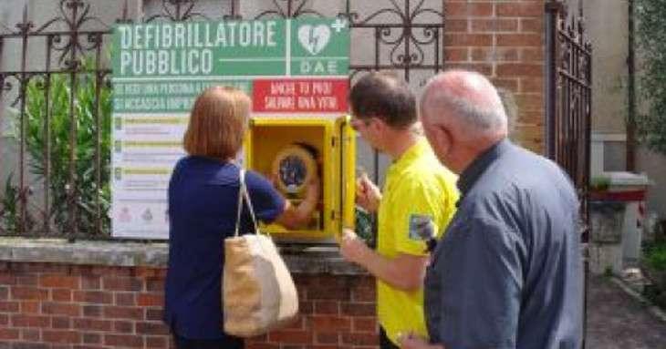 Defibrillatore a Trivero