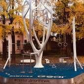 Albero Samsung in un parco di Milano
