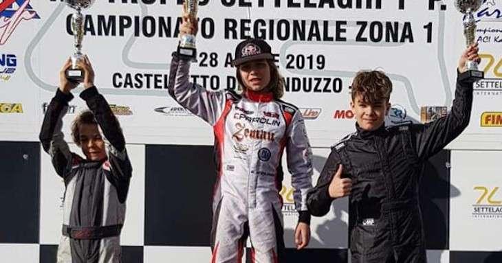 Davide Marconato pilota di go-kart sul podio